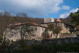 Диверсия в монастыре, aka Монастырский источник